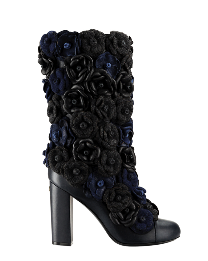 CHANEL Dark blue leather boot with camellias