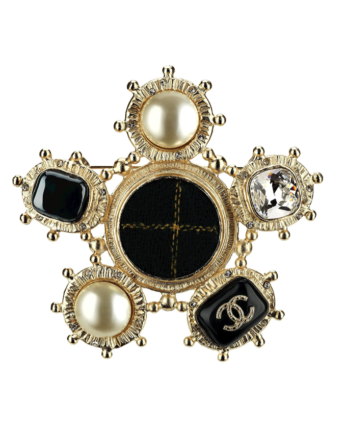 CHANEL Green Tweed and Golden Metal Brooch