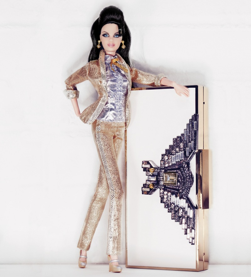 Interview Magazine : Box Set Photography ROBBIE FIMMANO Stylist MIGUEL ENAMORADO Clutch: Lanvin Doll: Barbie