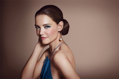 Katie Holmes for Bobbi Brown summer 2013 collection