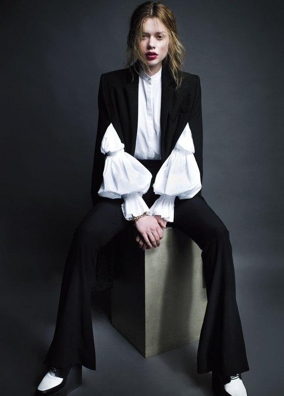 Lien Vieira By Mario Príncipe for Vogue Portugal July 2013