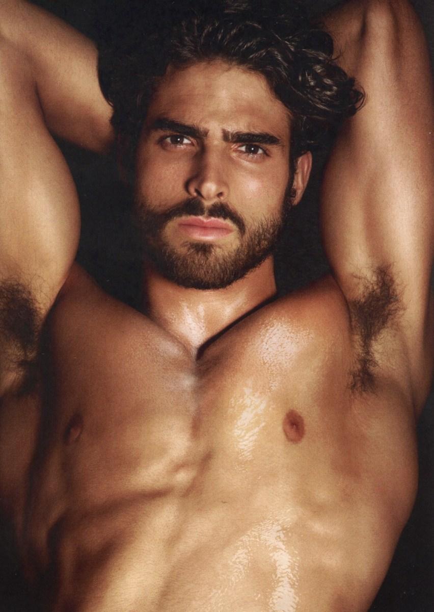 beautiful-men-naked-in-world
