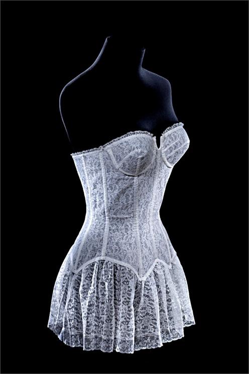 Lejaby Bustier 1951-1952 Association de Préfiguration du Musée du sous-Vêtement © Patricia Canino