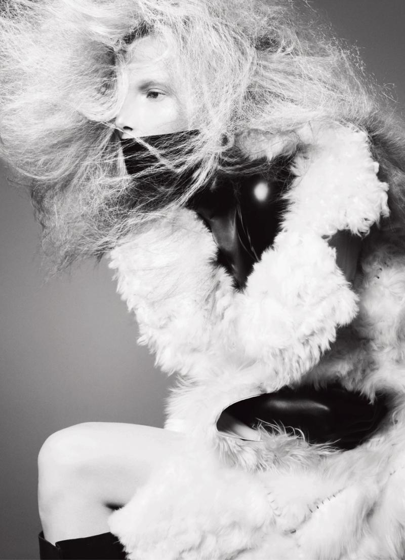 Suvi Koponen by Sølve Sundsbø for V #84 Fall Preview 2013