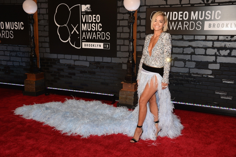 Rita Ora in Alexandre Vauthier Couture attends the 2013 MTV Video Music Awards at the Barclays Center on August 25, 2013 in the Brooklyn borough of New York City.  (Photo by Jamie McCarthy/Getty Images for MTV)