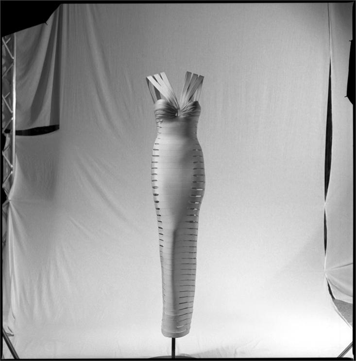 Alaïa dress - Spring:Summer 1990 Azzedine Alaïa archives © Ilvio Gallo, 1996