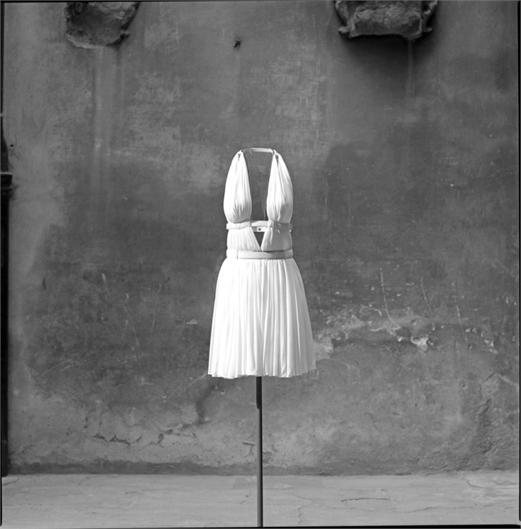 Alaïa dress - Spring:Summer 1991 Azzedine Alaïa archives © Ilvio Gallo, 1996