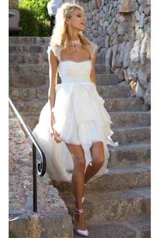 Anja Rubik Polish supermodel Anja Rubik married her model fiance Sasha Knezevic in Deià, Majorca, back in 2011. Her rock'n'roll dress was designed by Emilio Pucci's creative designer, Peter Dundas.