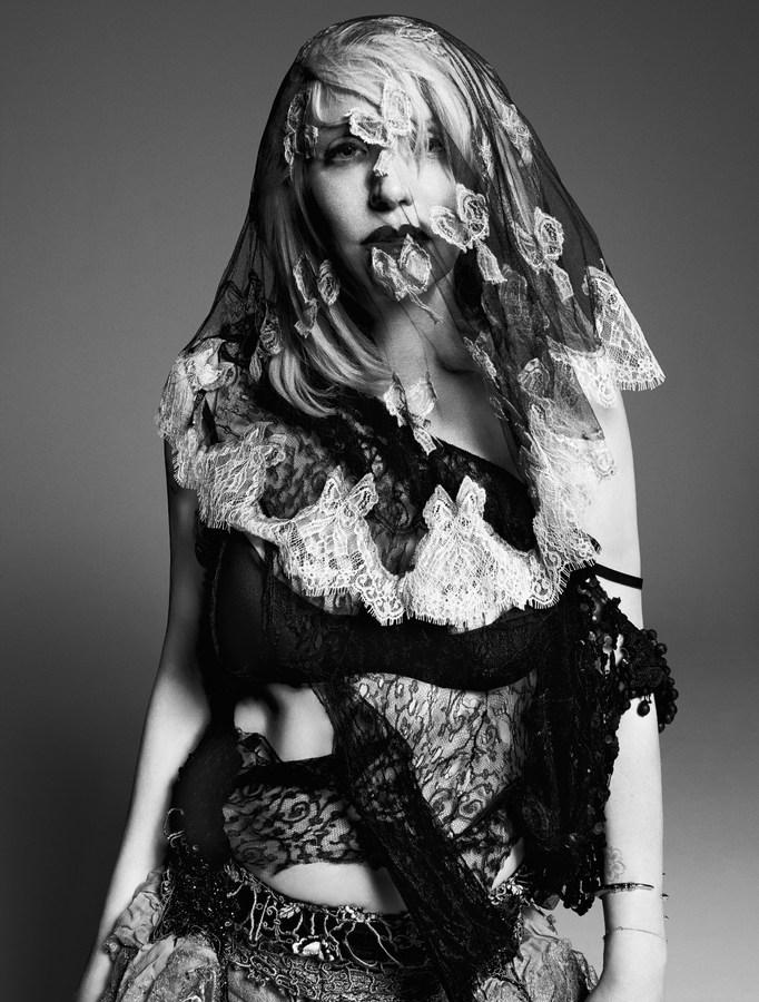 Courtney Love by Paola Kudacki for Garage Magazine F/W 2013.14
