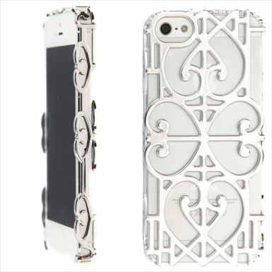 "Giovanna Battaglia X Case Scenario : ""Mirror Mirror"" iPhone 5 cover"