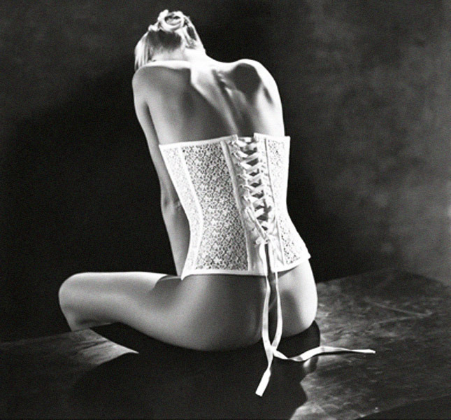 Lace bustier La Perla, Autumn / Winter 1996 - Photo Alastair Taylor Young