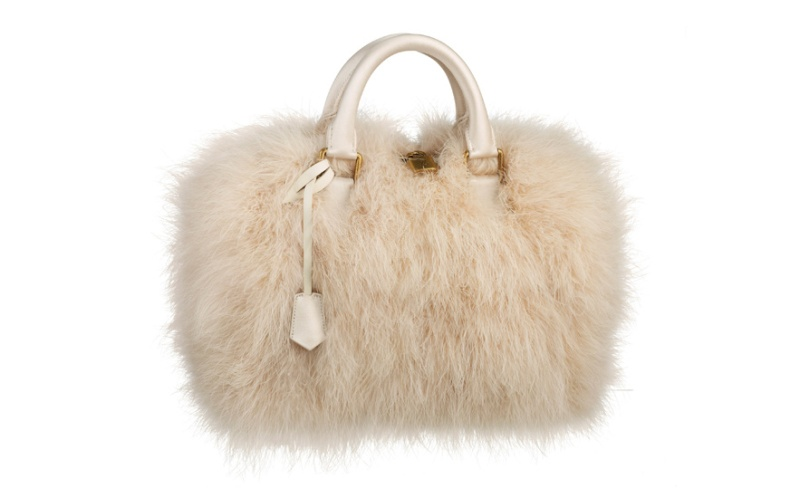 Louis Vuitton  Ivory marabout feather Speedy bag, €5100