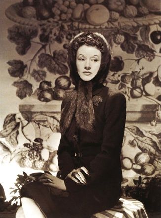 Millicent Rogers - She wears the heart brooch by Paul Flato. Photo by Horst P. Horst, Vogue 1939