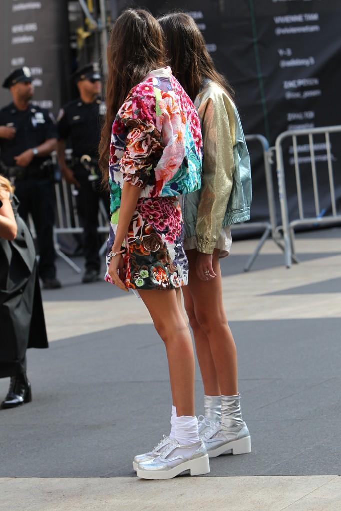 New York Fashion Week street style. Photo by Robert Mitra