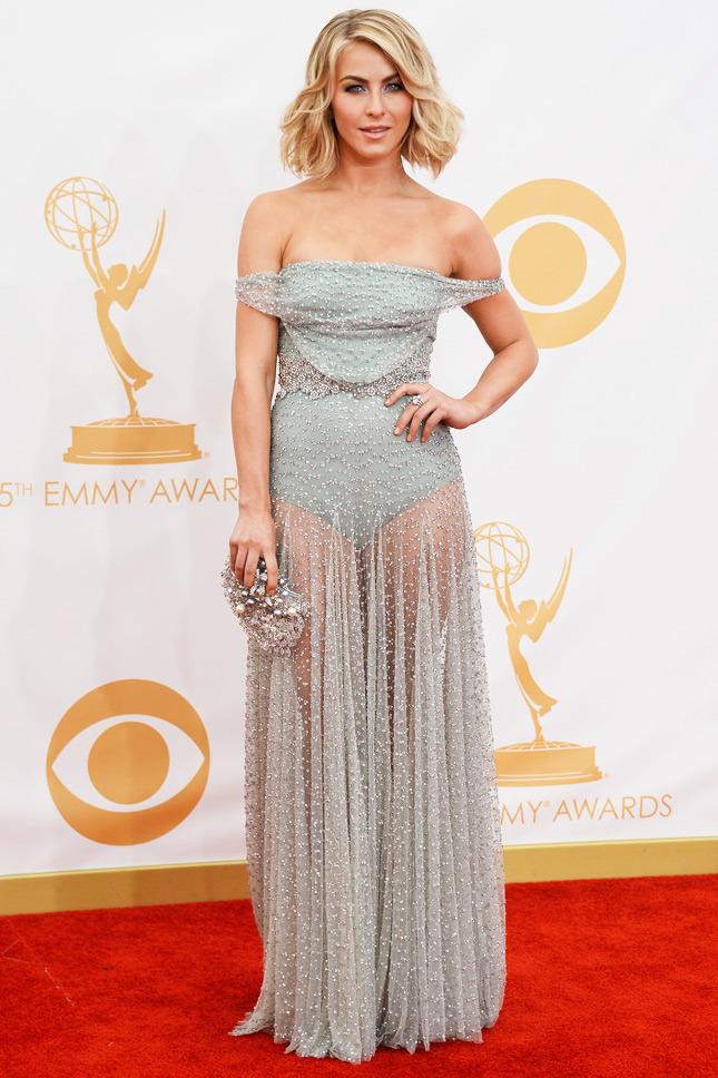 Julianne Hough, in Jenny Packham, with a vintage Swarovski clutch.