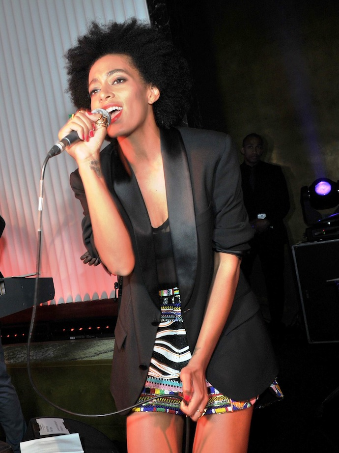 Solange Knowles in a Pucci spring 2014 printed mini skirt