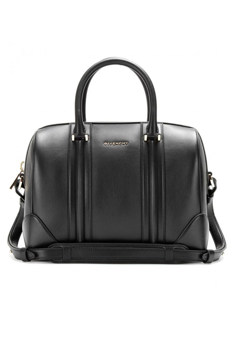Givenchy Lucrezia Bag (1.390 €).