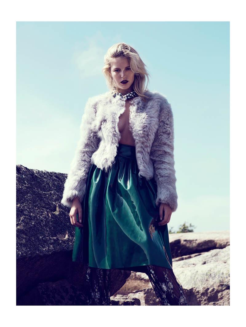Linnea Regander by Fredrik Wannerstedt for Elle Serbia October 2013
