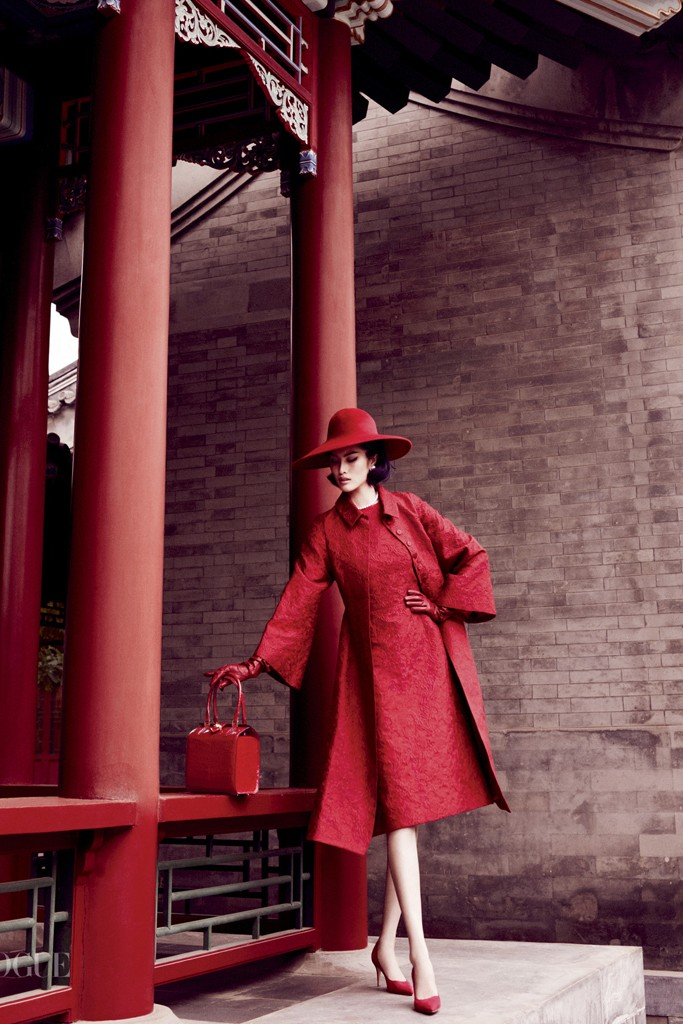 """""""Portrait of a Lady"""" in Vogue China, featuring Sui He, styled by Anastasia Barbieri. Photo by Mario Testino"""