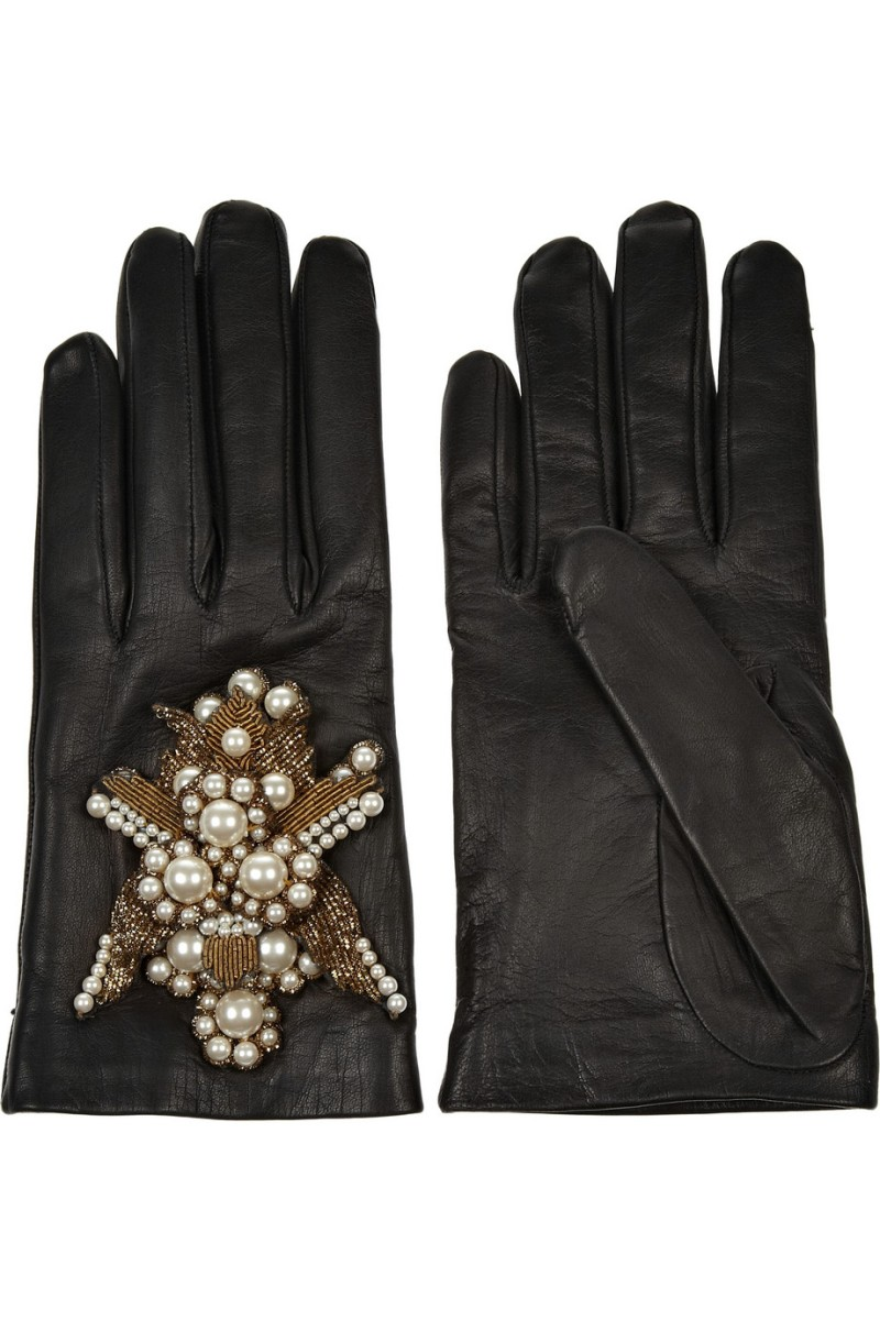 ALEXANDER MCQUEEN Embellished leather gloves €695