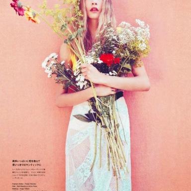Cara Delevingne by Sofia Sanchez & Mauro Mongiello for Numéro Tokyo January/February 2014