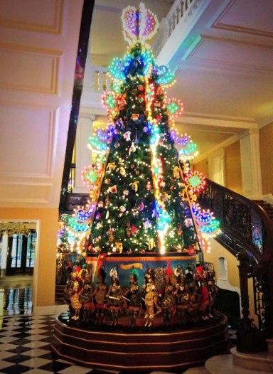 Dolce & Gabbana's Christmas tree for Claridge's Hotel in London