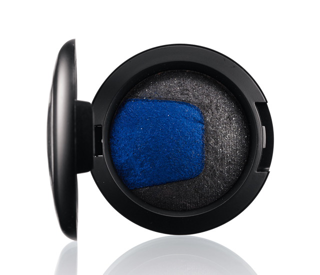 M.A.C Divine Night Mineralize Eye Shadow, in Tonight's Temptation