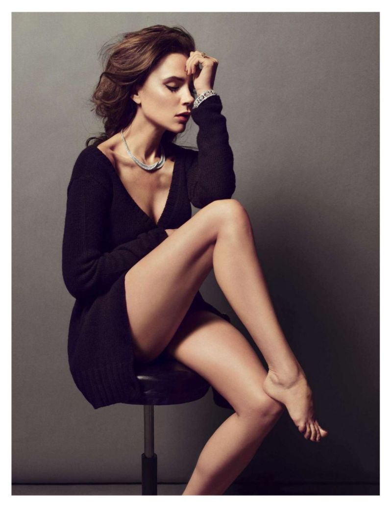 Victoria Beckham by Inez van Lamsweerde & Vinoodh Matadin for Vogue Paris December 2013/January 2014