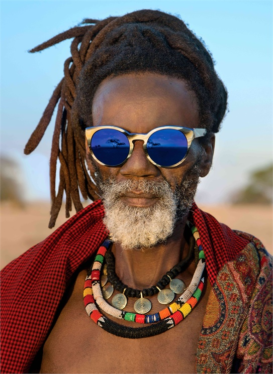 Wild Love in Africa : Steve McCurry for Etnia Barcelona sunglasses