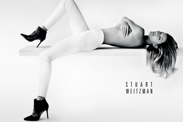 Gisele Bündchen for Stuart Weitzman Fall 2014 ad campaign. Photo by Mario Testino