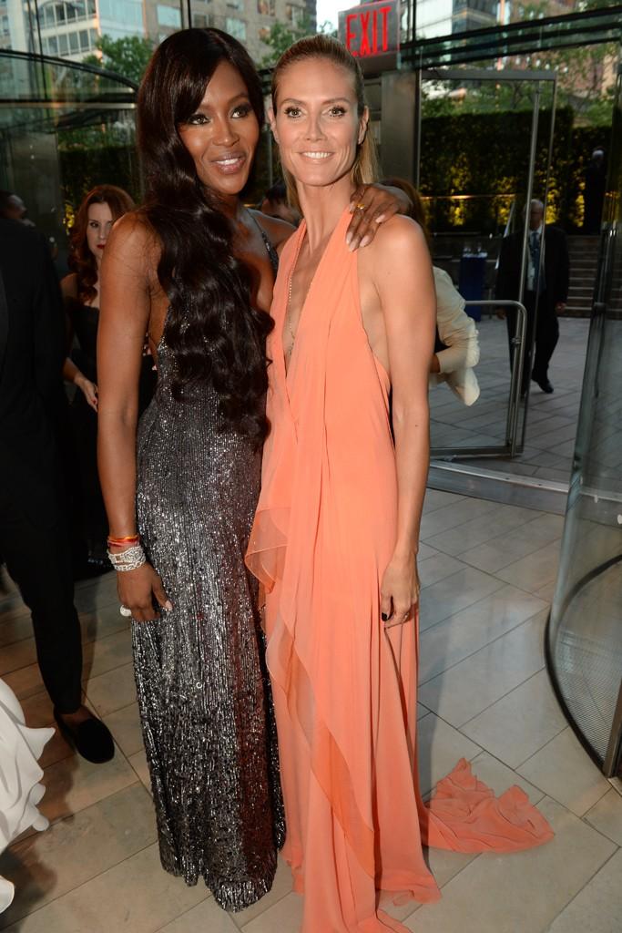 Naomi Campbell with Heidi Klum in Donna Karan.