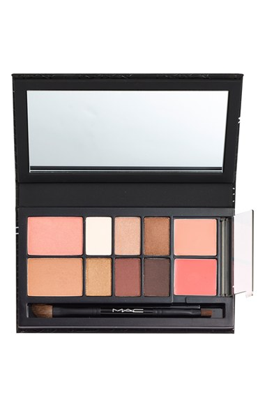 MAC Look in a Box Collection