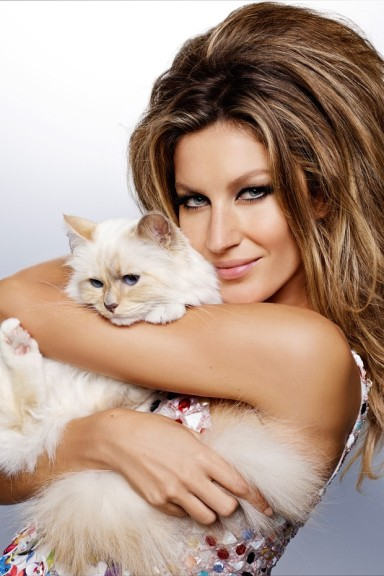 Gisele Bundchen and Choupette by Karl Lagerfeld for Vogue Brasil December 2014